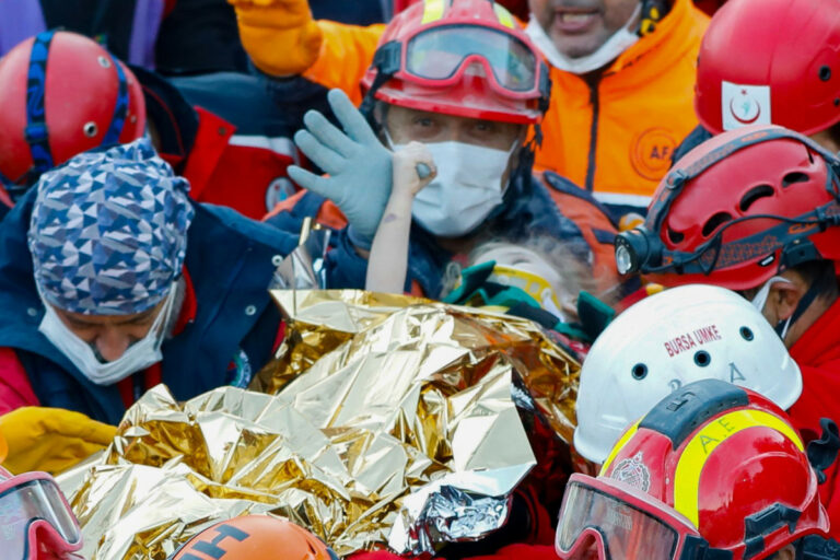 Girl rescued 65 hours after she was buried in earthquake